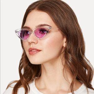 Purple Clear Frame Cat Eye Sunglasses 🕶